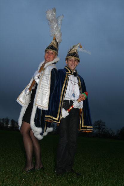 2012 - Prinses Dania van de Nathalzen en Jeugdprins Robbie de 1e uut Hessum